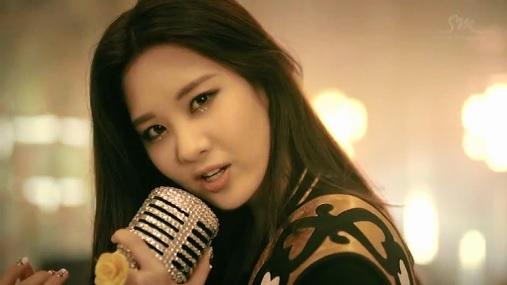 SNSD_TWINKLE_SeoHyun.jpg
