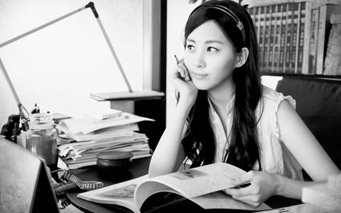 where-is-girls-generation-seohyun-behind-the_ibehe_0.jpg